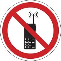 Rádiótelefont használni tilos!